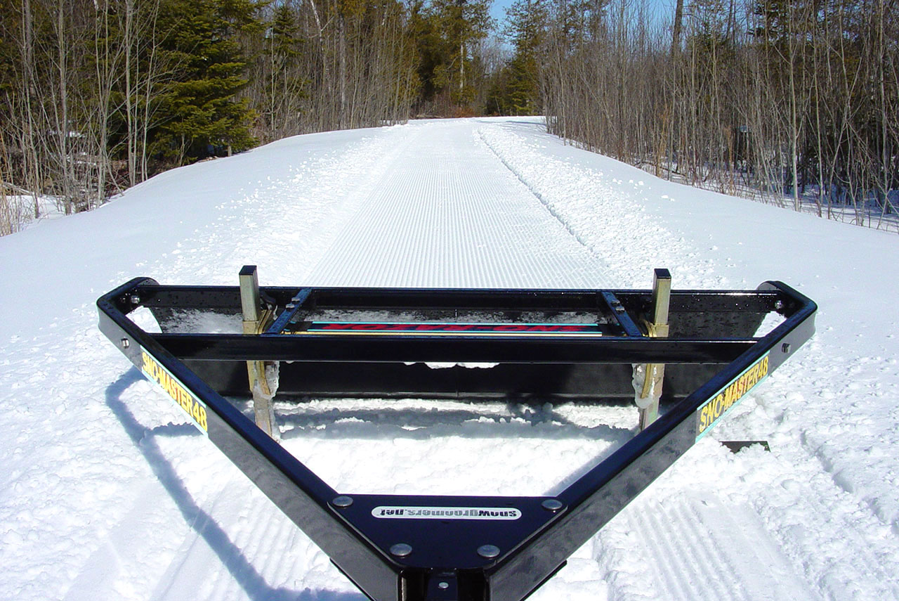 snow master 48 wide trail groomer